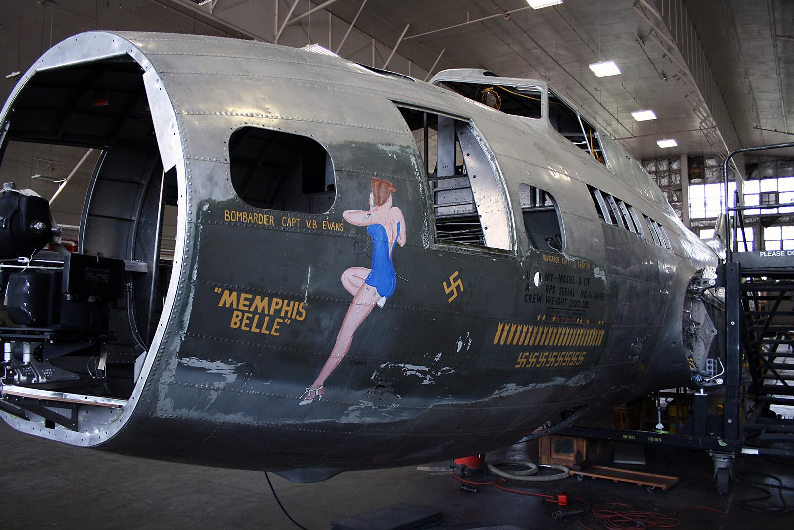 """[Revell] B-17F """"Memphis belle"""", 1/48e Restoration_B-17_MemphisBelle_8_Cropped"""