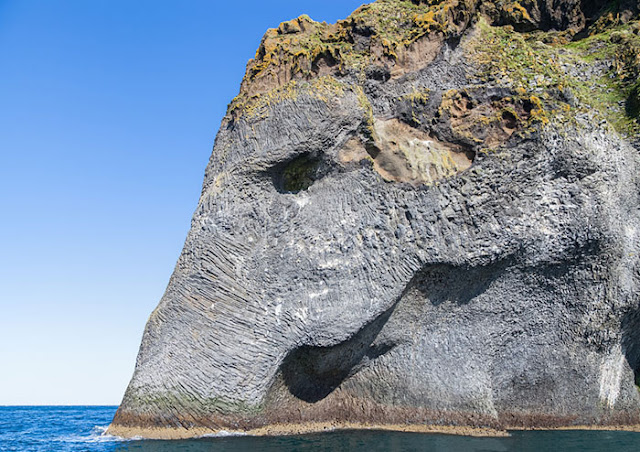 The island is so remote and vulnerable to weather conditions many adventuring souls return failing to get a proper view of Elephant rock, which is made of basalt.