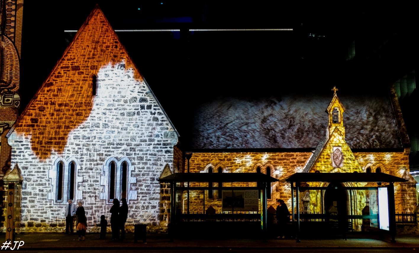 Winter lights projections pics from west coast for 137 st georges terrace perth