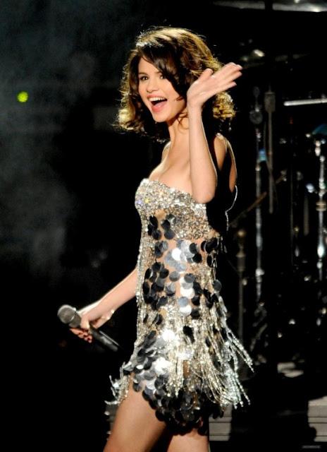 selena gomez modeling pictures. selena gomez modeling 2011.