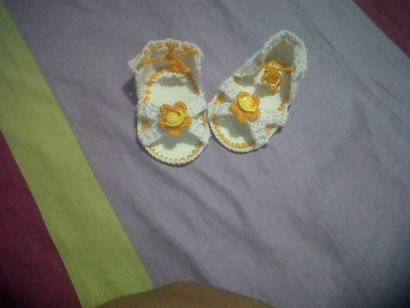 Sandalias tejidas para bebés