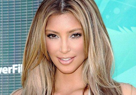 kim kardashian haircut long layers. Kim Kardashian Hair Style
