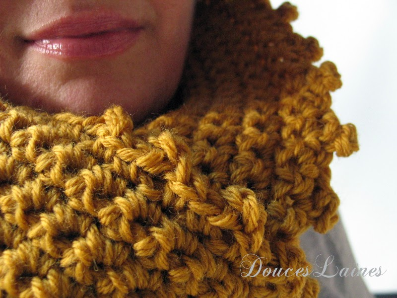 https://www.etsy.com/listing/210242204/princess-cowl-scarf-pure-wool-lace-edge