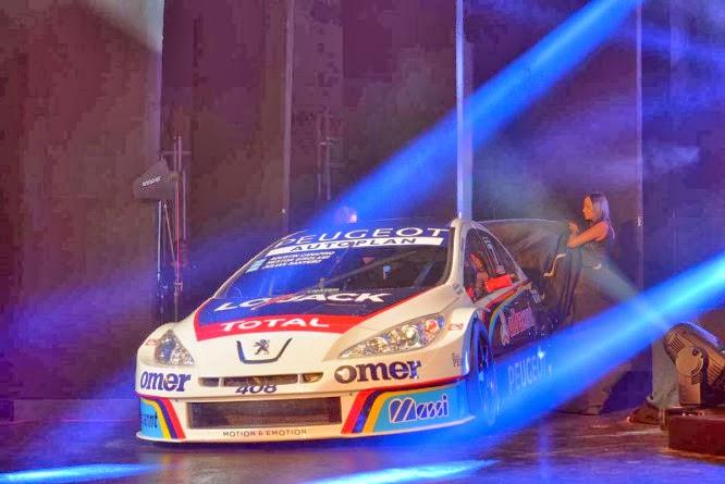 Impecable presentación del Peugeot de Super TC 2000 y TN