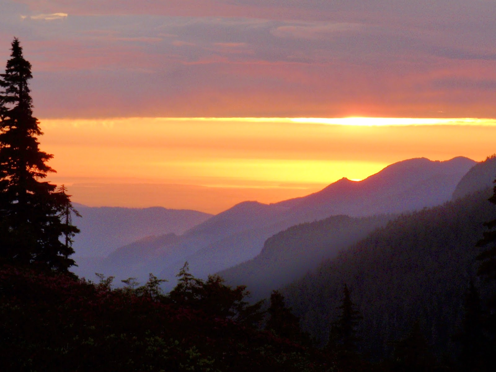 Sunsetting from Mt Baker National Recreation Area