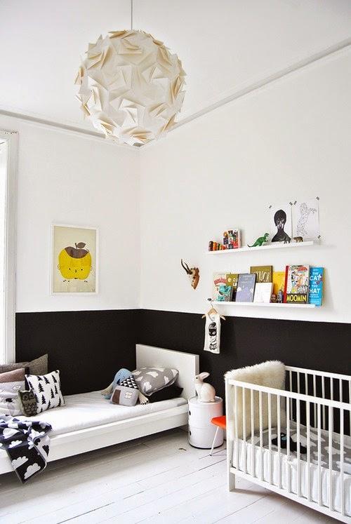 Klasik hitam putih untuk kamar tidur anak