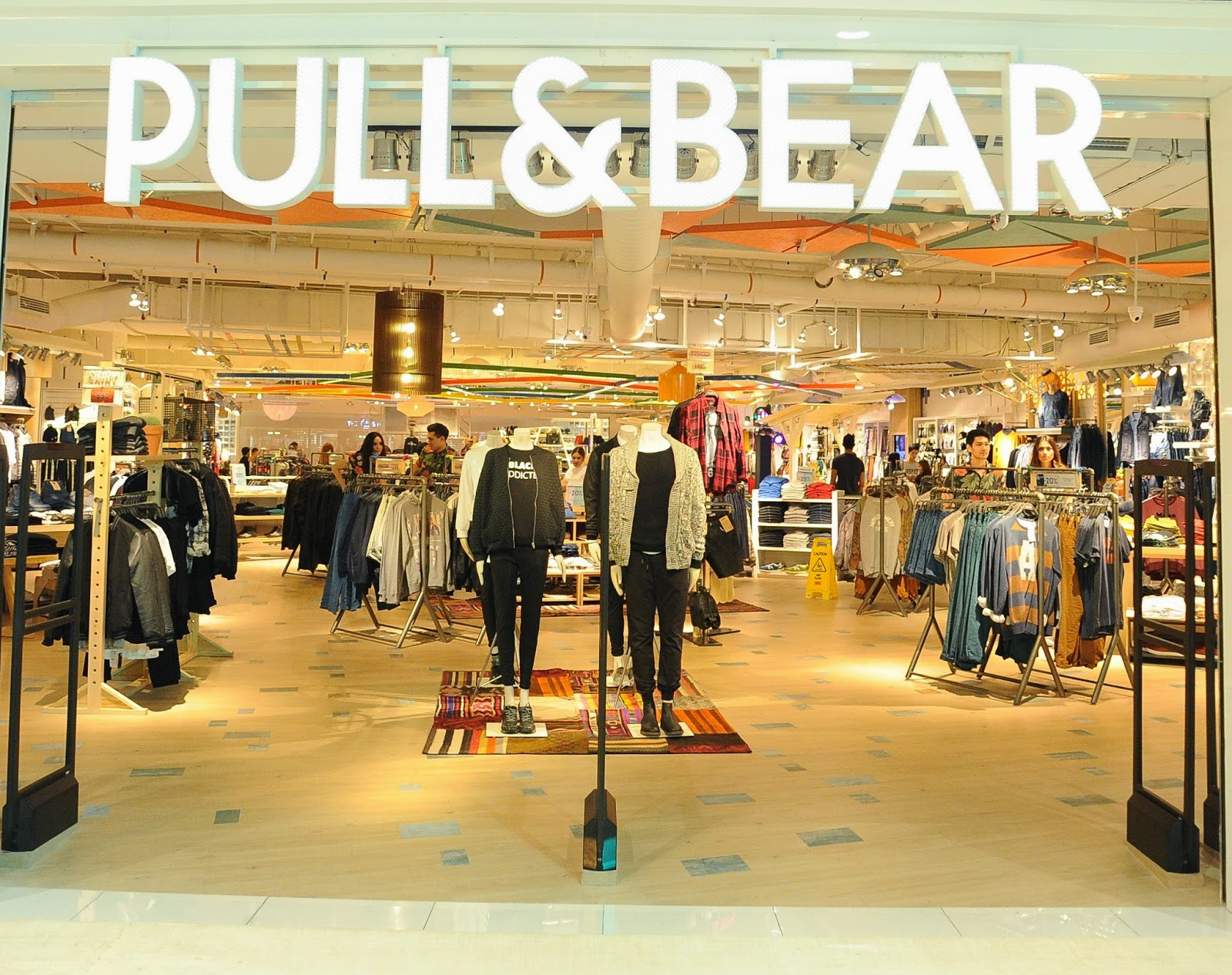 pull and bear In 1991, inditex created the company pull and bear, a casual menswear company [16] [17] later that year, the company also acquired a 65 percent share in the upscale massimo dutti brand inditex created lefties in 1993 the name is taken from the term leftovers and it was created to sell old zara clothing [18].