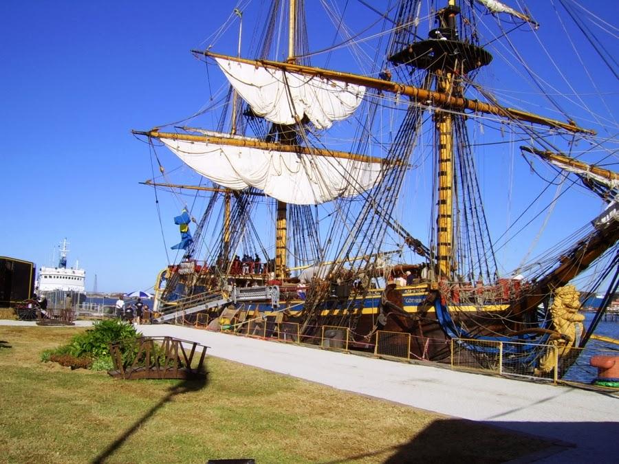 sailing boats gotheborg historical vessel port