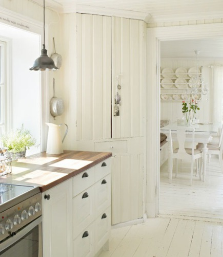 Painting The Floor White: White Ironstone Cottage