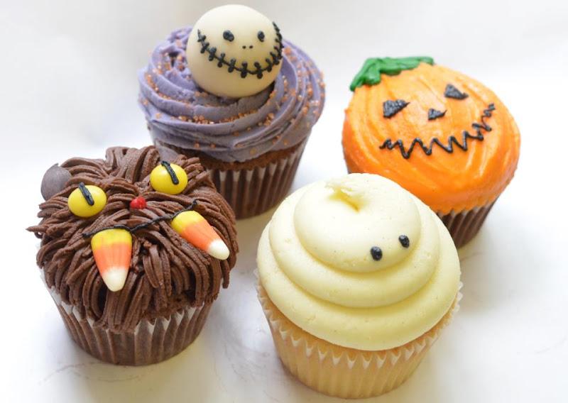 lolas spooky halloween cupcakes - Scary Halloween Cupcake Ideas