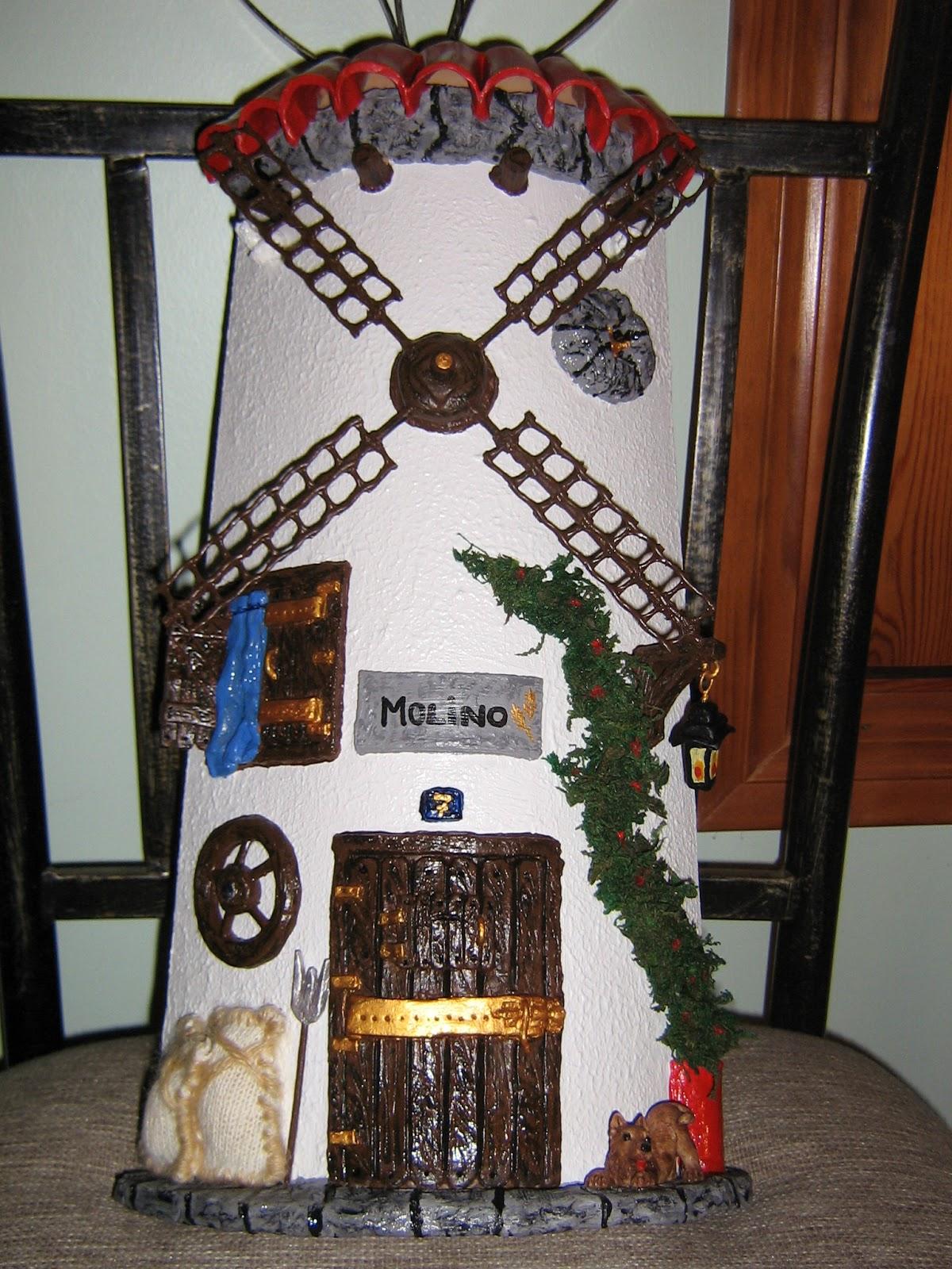 Tejas decoradas de jessi tejas de molinos de viento for Puertas de tejas decoradas