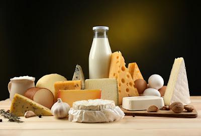 les produits laitiers son capables de proteger contre la carie par production de salive