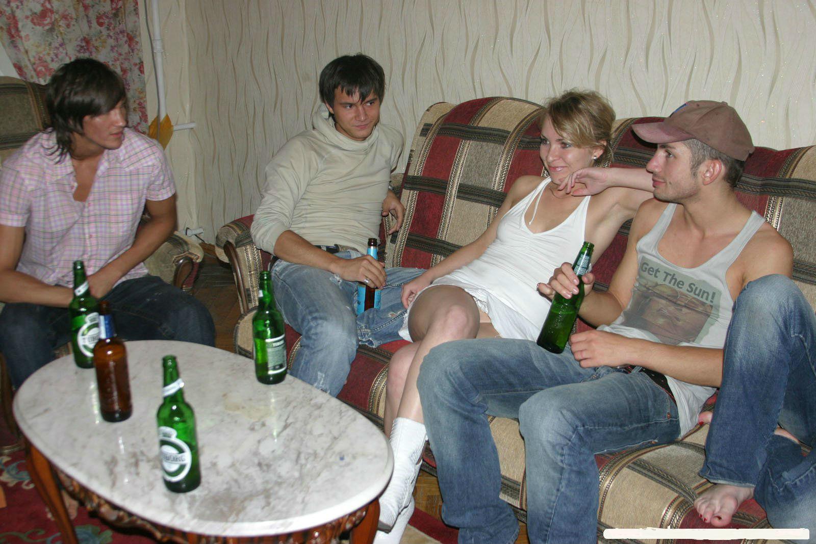 Пьяная помятая телка 26 фотография