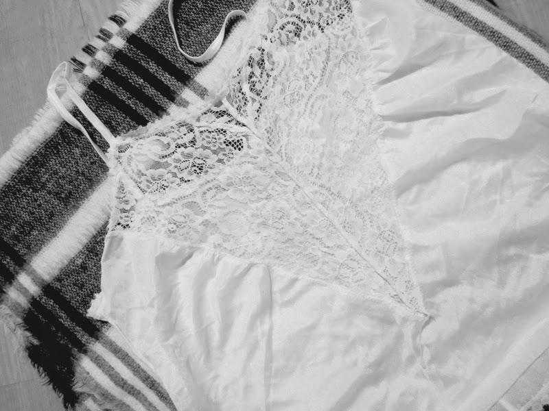 Lace Top White Dessous Vintage