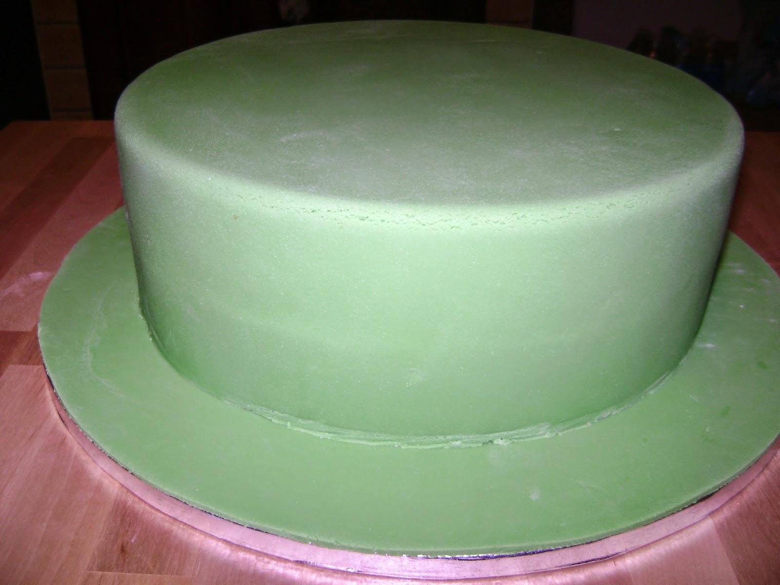 Un mondo di dolci idee torta compleanno quot la casa delle api
