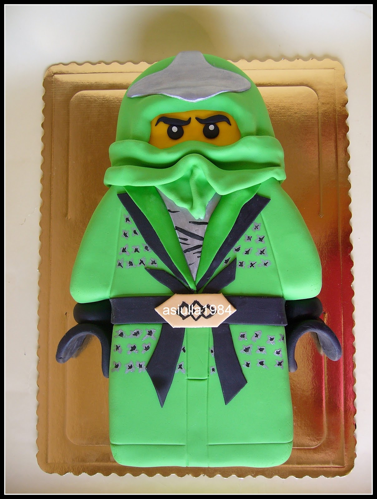 Lego ninjago tort all about loving each other