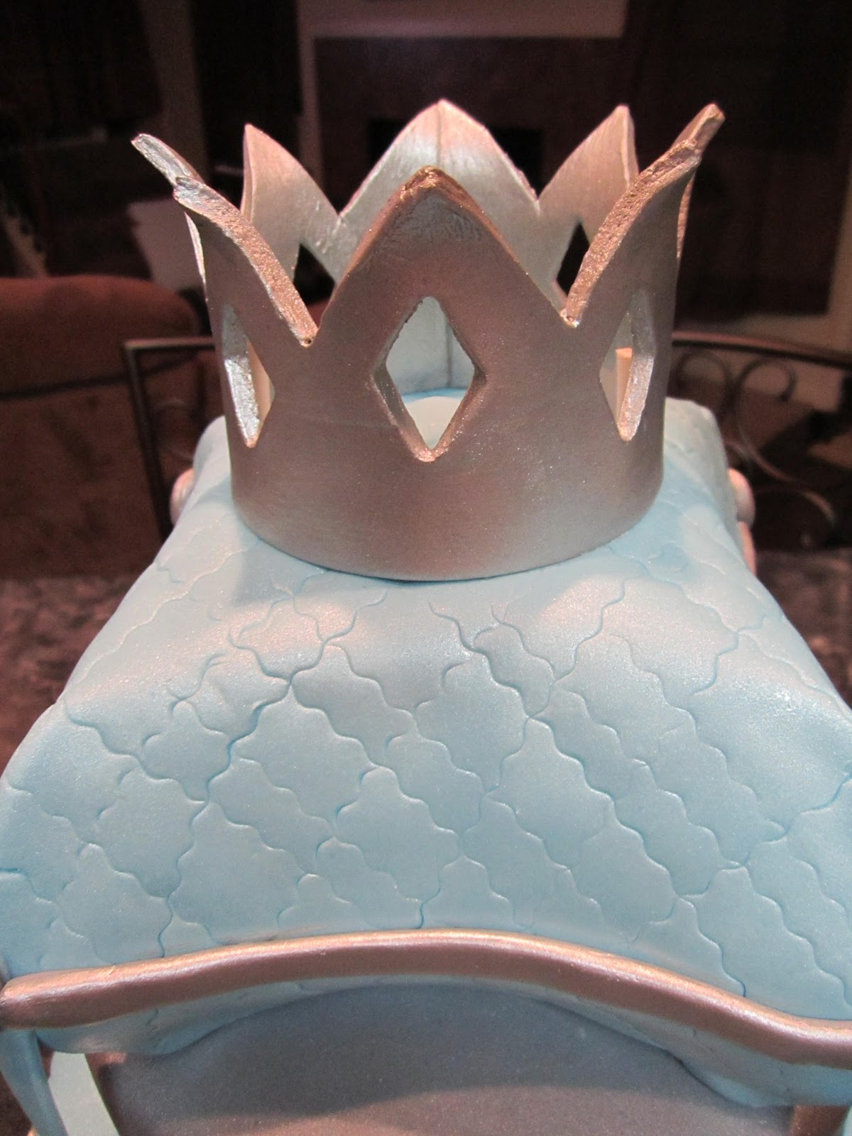MyMoniCakes Little Prince Baby Shower Cake with Pillow and Crown