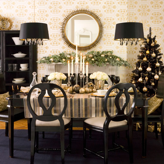 Rousseau 39 S Fine Furniture And Decor Holiday Table Decorations
