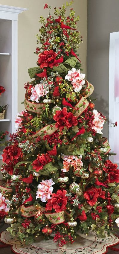 christmas tree red birds  u0026 flowers