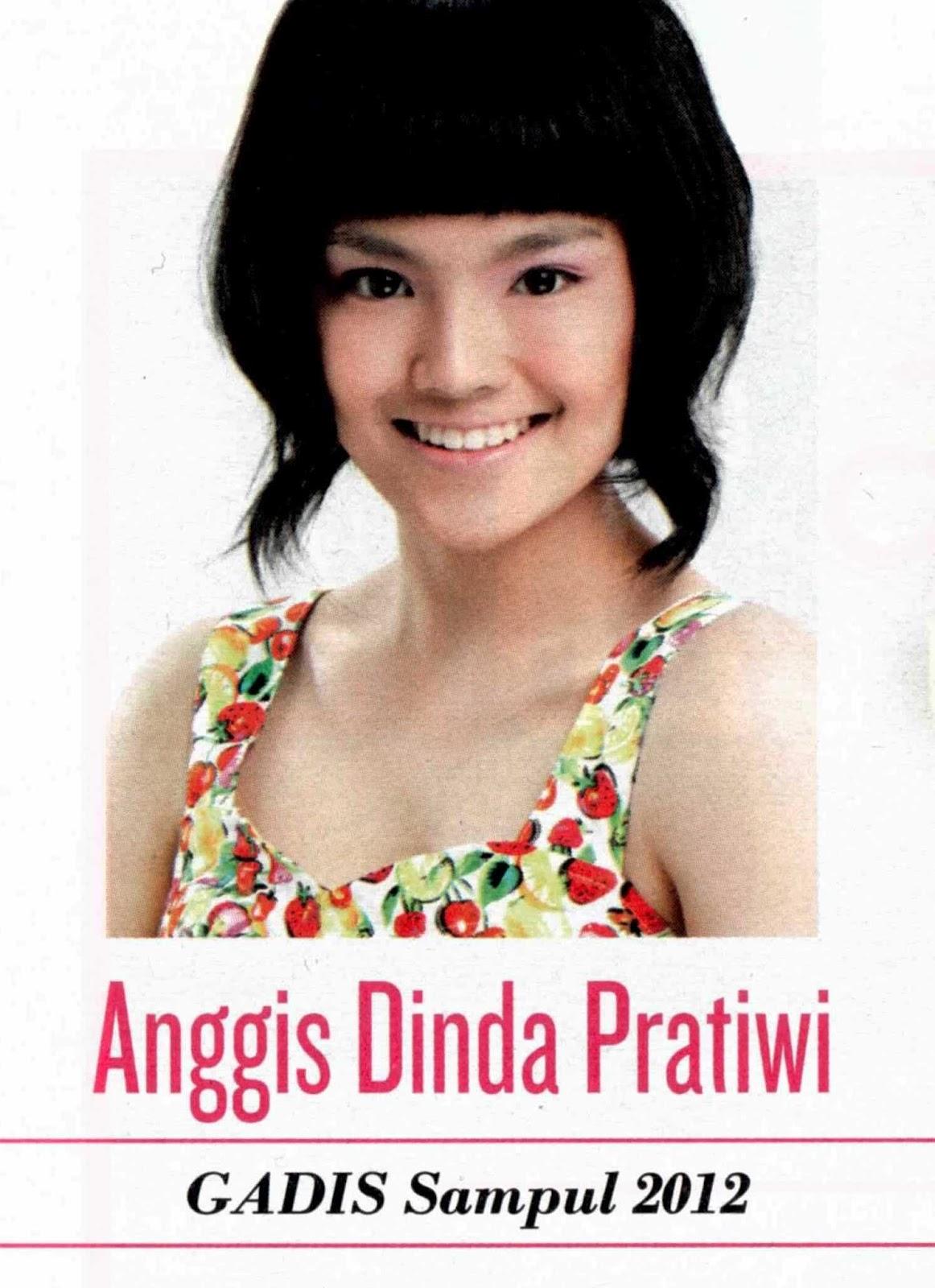 Juara I Gadis Sampul 2012 : Anggis Dinda Pratiwi