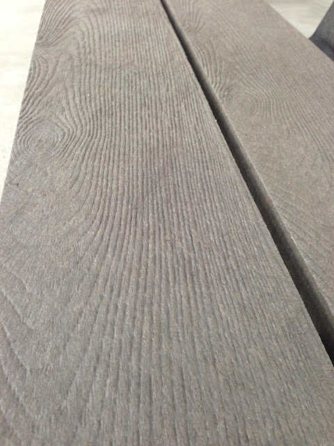 The mould can do many styles of finish, this one is weathered teak!