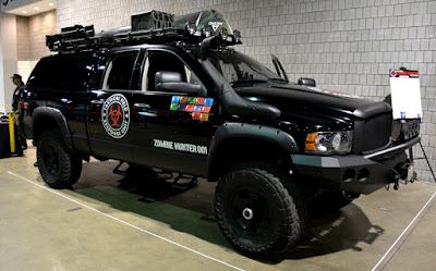Zombie Hunter Truck | Walker Stalker Con 2015