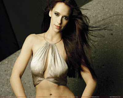 Jennifer Love Hewitt Fantastic Wallpaper