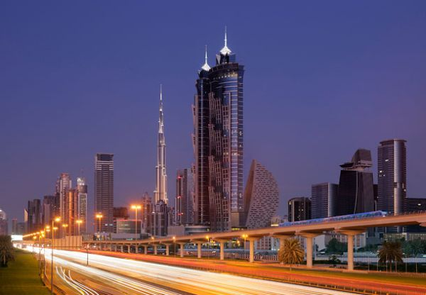 In jw marriott marquis dubai now has the tallest hotel in for Tallest hotel in the world