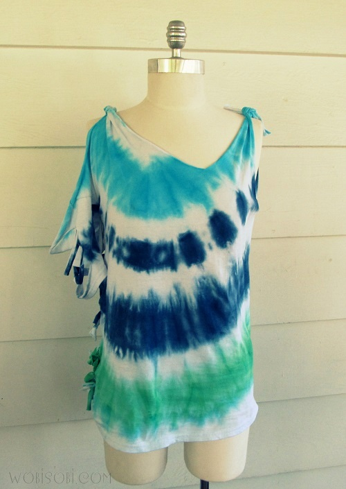 Wobisobi rolled tie dye tee shirt diy for How do you dye a shirt