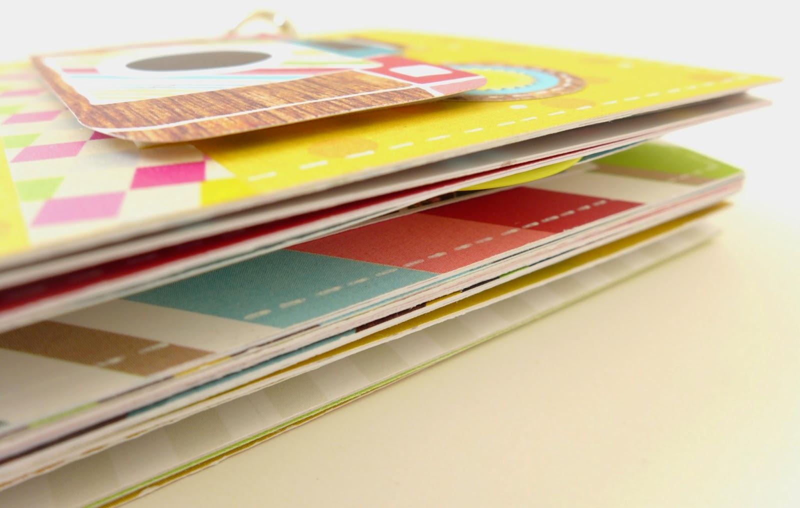 Scrapbooková stránka z kolekce Good Day Sunshine od Simple Stories.