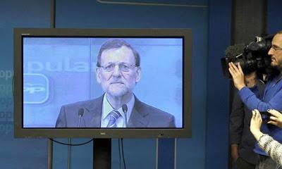 """Rajoy comparece sobre el caso Bárcenas. """"Sé ganarme la vida"""""""
