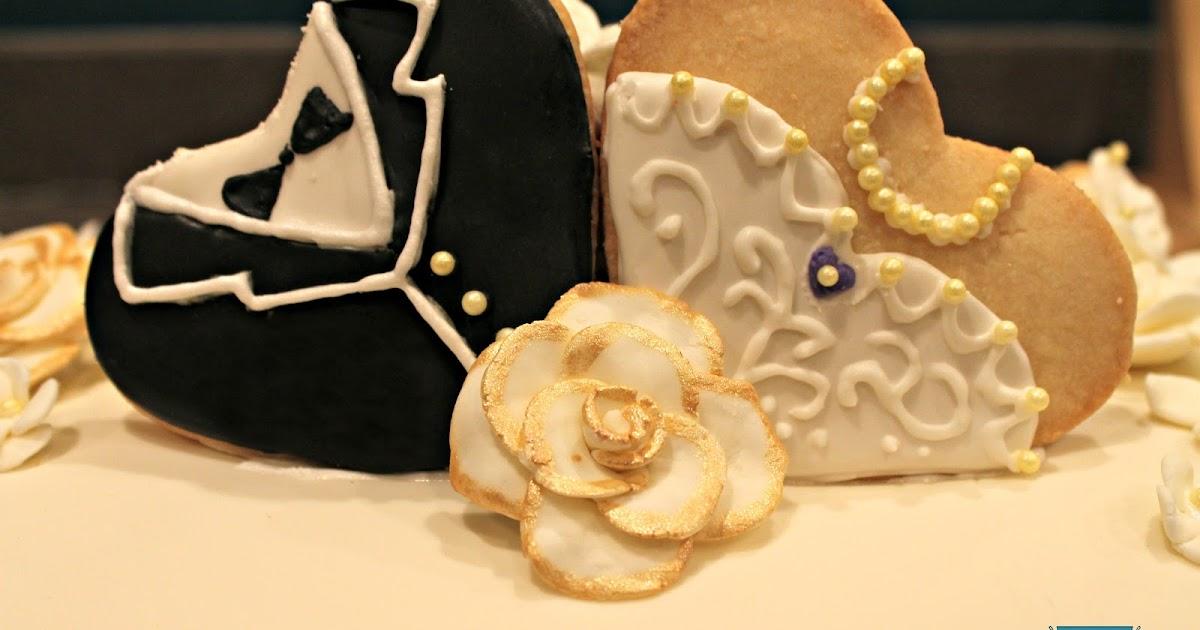 SugiAi: Wedding Cake and Poker Chip Cookies