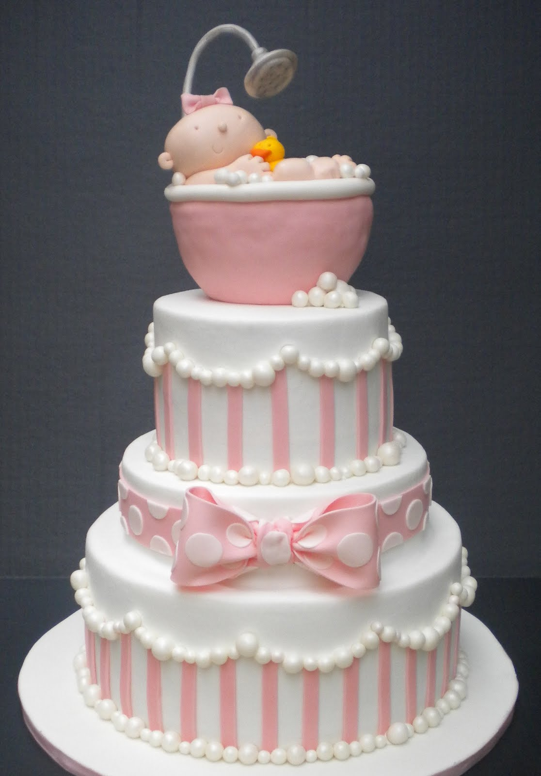 Cute Baby Cake Images : It s Written on the Wall: Fabulous Party Decorations For ...