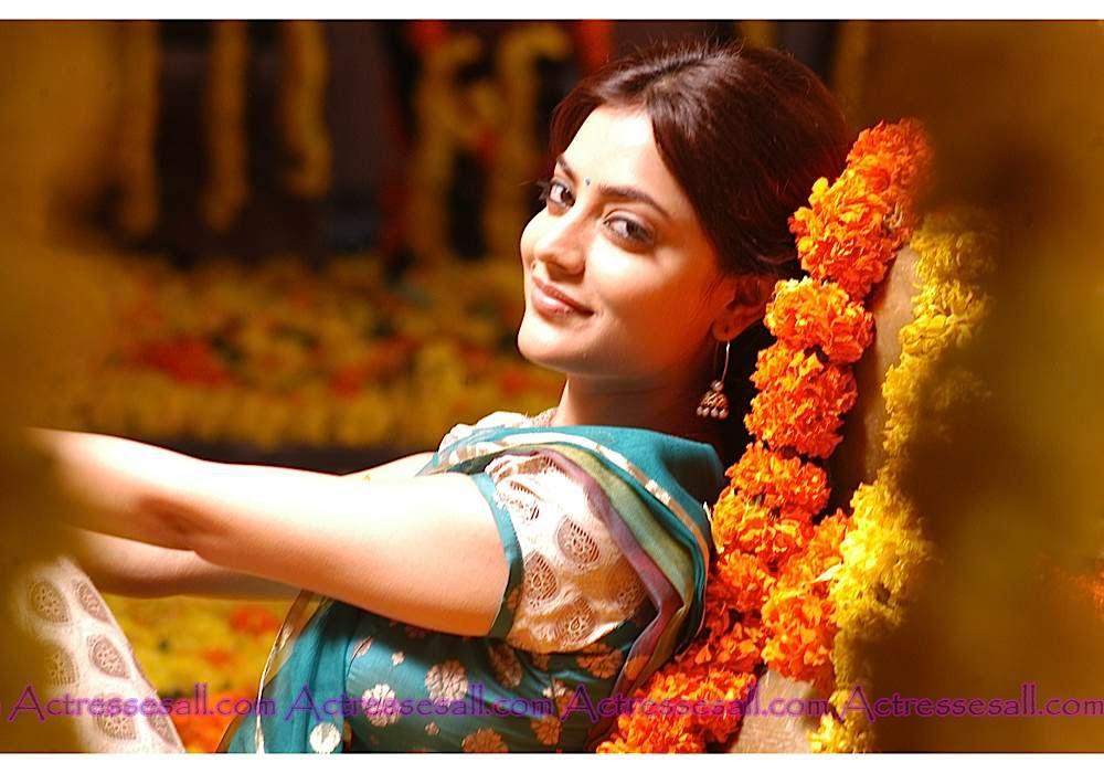 Nisha Agarwal Hot Kiss