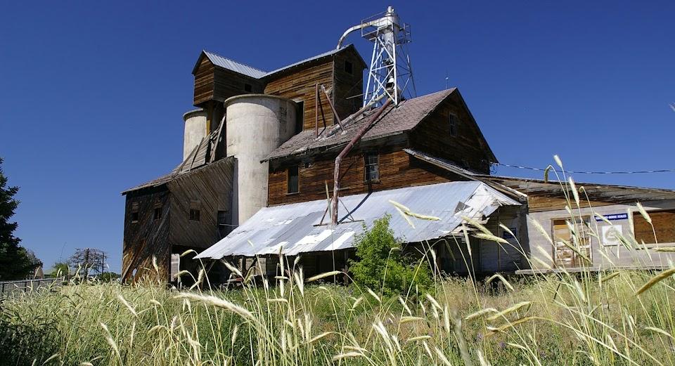 The Historic Fairview Roller Mill - Sanpete, Utah