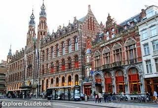 dam square Magna Plaza shopping center Amsterdam