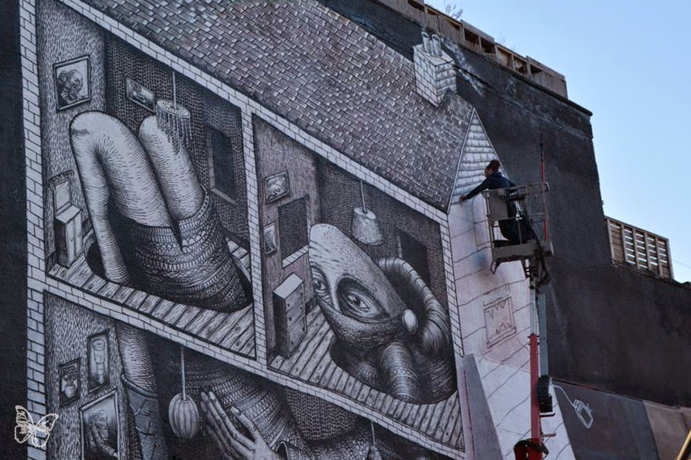 British street artist Phlegm has returned to London where he has been working over the past few days on a news large scale mural in Shoreditch.