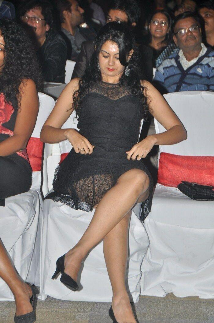 kamla jethmalani at ccl evebt in really small skirt lovely legs kamala