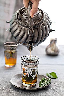 nane çayı, fas çayı, moroccan tea, moroccan çayı, fas çayı tarifi, nane çayı nasıl yapılır, fas çayı nasıl demlenir, nane çayı demleme, fas kültürü, farklı içecekler, çay çeşitleri, cafecik, blog