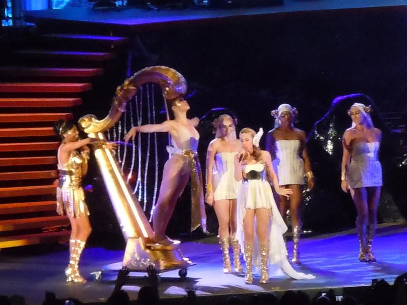 Kylie's Harp Hollywood Bowl