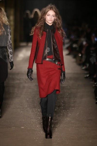 kırmızı etek ceket