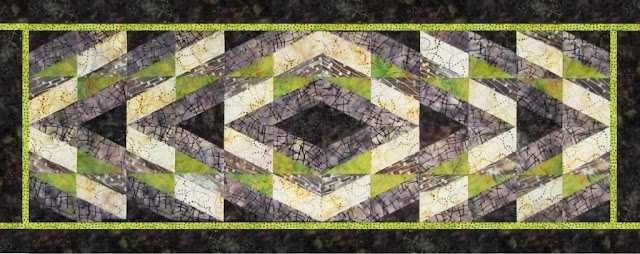 Quilted Table Runner - BasiX Template - Symmetry - Modern Quilting