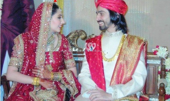 Mahira Khan Wedding Photos http://wedding50.blogspot.com/2012/05/mahira-khan-wedding-photos.html