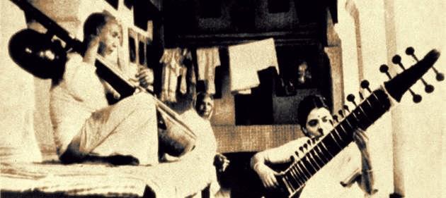 Allauddin Khan علا الدین خان ওস্তাদ আলাউদ্দীন খ়ান अलाउद्दीन ख़ाँ Baba Allauddin Khan Indian classical music Uday Shankar's ballet troupe Maihar gharana sarod maestro Ali Akbar Khan Annapurna Devi  Raja Hossain Khan  Ravi Shankar  Nikhil Banerjee  Vasant Rai  Pannalal Ghosh  Bahadur Khan  Sharan Rani Jyotin Bhattacharya   Gopal Chandra Banerjee  Lobo  Munne Khan  Wazir Khan Rampur Padma Vibhushan Sangeet Natak Akademi Fellowship