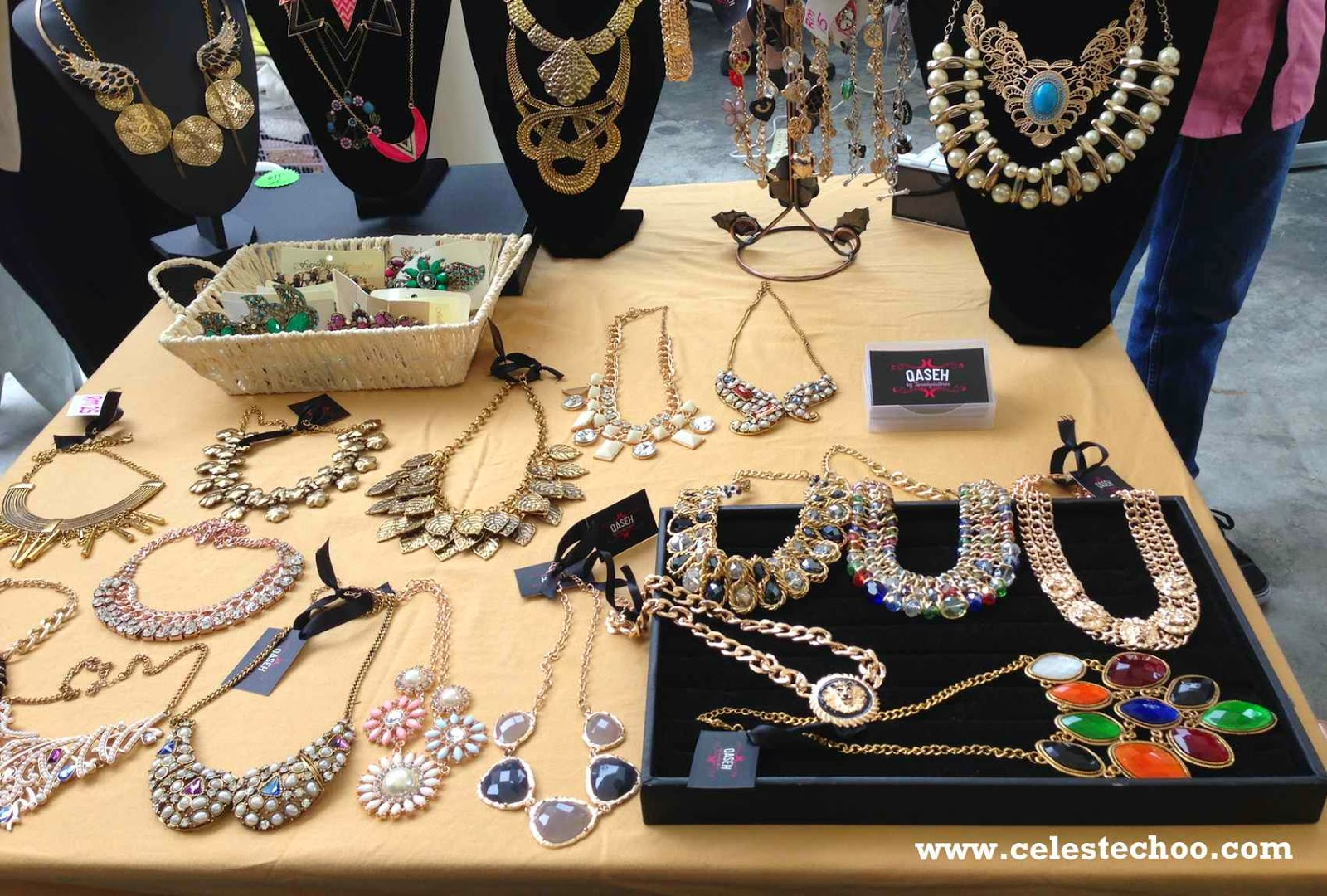 duriana_fashion_sale_shopping_event_accessories