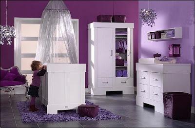 habitación bebé mujer gama violeta