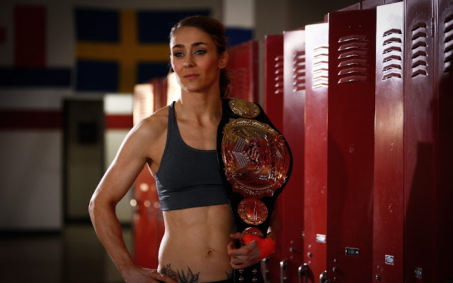 Female MMA - Marloes Coenen