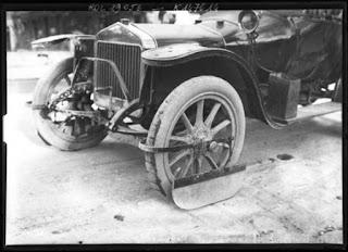 Οι λασπωτήρες των αυτοκινήτων το 1912 !