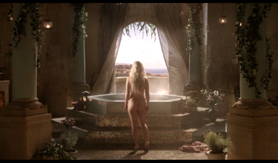 naked bottom beautiful young woman