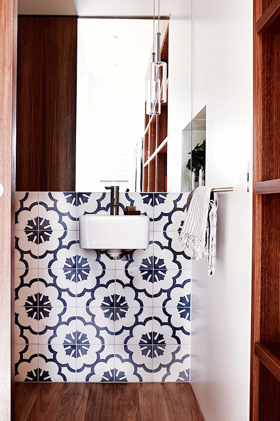 Bathrooms with bold patterned walls | Image by Prue Ruscoe via Inside Out